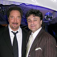 Johnny Ferreira with Tom Jones photo